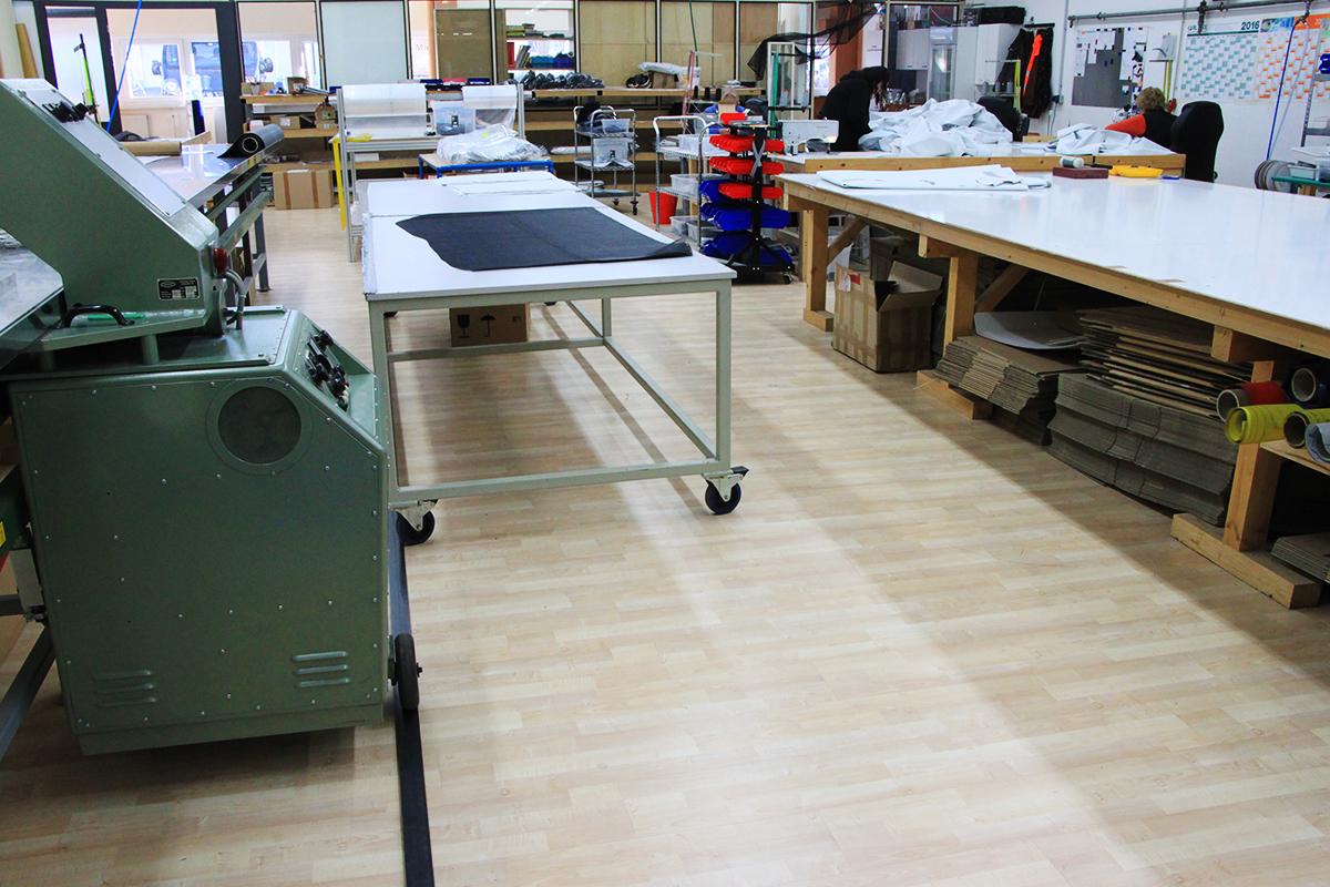 Planen nach Maß für Industrie, Abdeckauben, Eventzelte... Fertigung in unseren neuen Hallen direkt am Firmensitz bei Augsburg